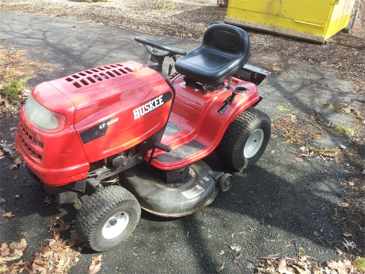Huskee Lt 4200 Riding Mower Online Government Auctions Of