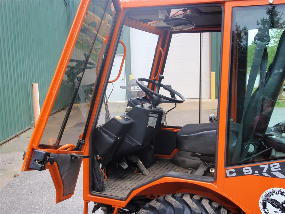 2003 HOLDER C9.72H COMPACT ARTICULATED TRACTOR Online