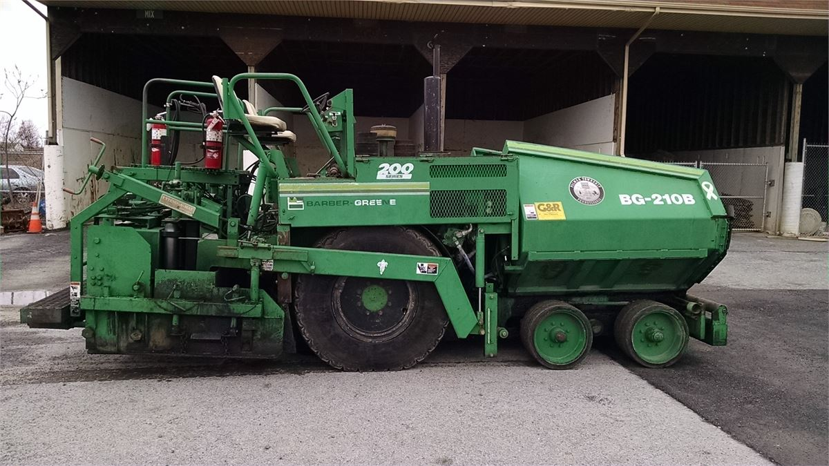 1993 barber green bg210b asphalt paver for auction municibid for Green pavers