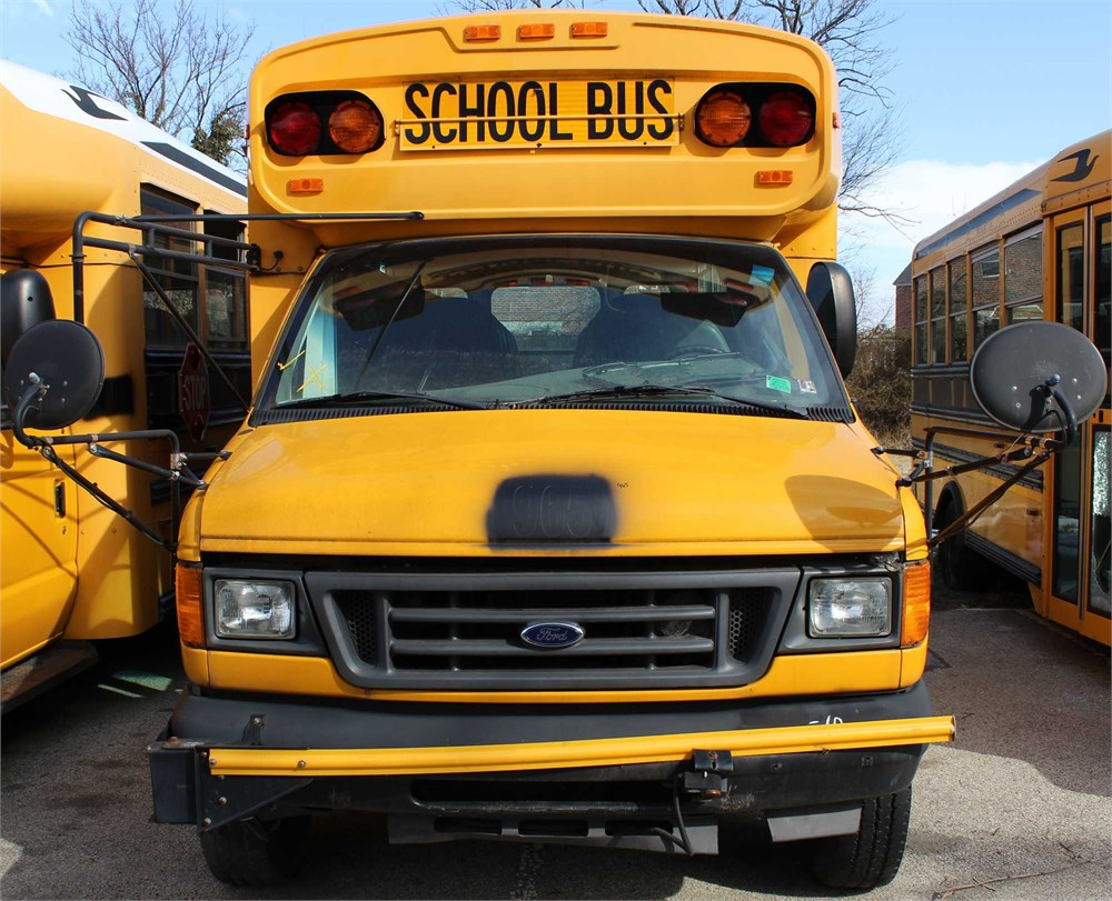 2005 Ford Blue Bird School Bus Online Government Auctions