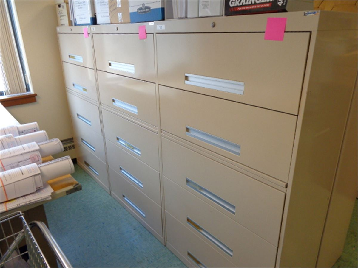 Corcraft five drawer cabinets single cabinet for auction for Auctions kitchen cabinets