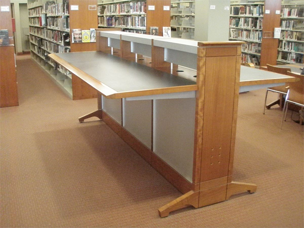 Standing Height Library Work Table Online Government Auctions Of - Standing height work table