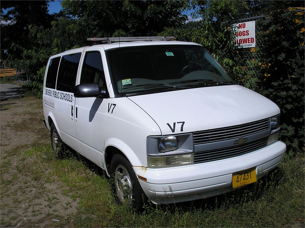 2005 chevrolet astro van for auction municibid. Black Bedroom Furniture Sets. Home Design Ideas