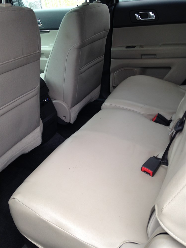 Which Cars Fit Three Car Seats  News  Carscom