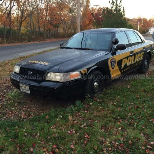 2003 ford crown victoria police interceptor for sale on autos weblog. Black Bedroom Furniture Sets. Home Design Ideas