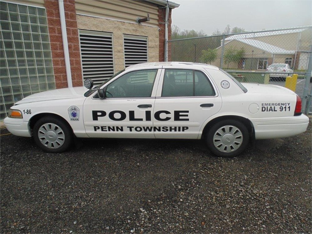 2007 ford crown victoria police cruiser for auction municibid. Black Bedroom Furniture Sets. Home Design Ideas