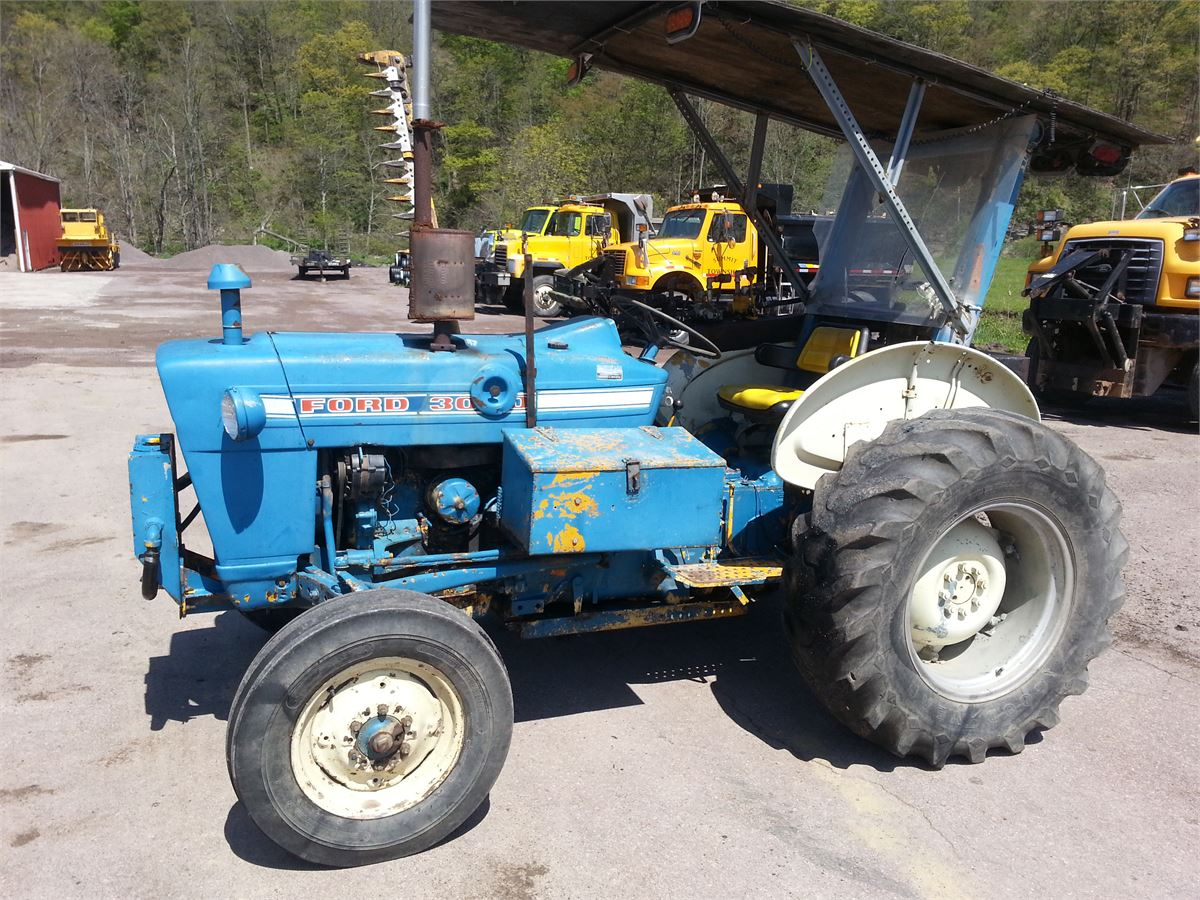 1971 Ford 3000 Tractor W/Sickle-Bar Mower Online Government Auctions