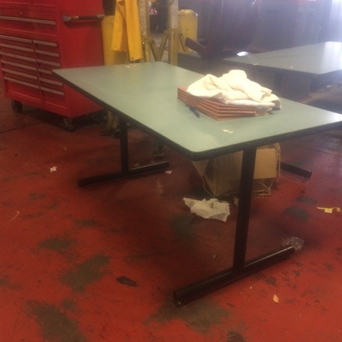 Picnic Table 60x29 5x28 5 For Auction Municibid