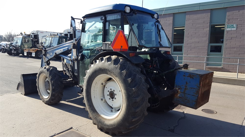 6 Wheel Drive Tractor : Ford four wheel drive tractor loader for auction