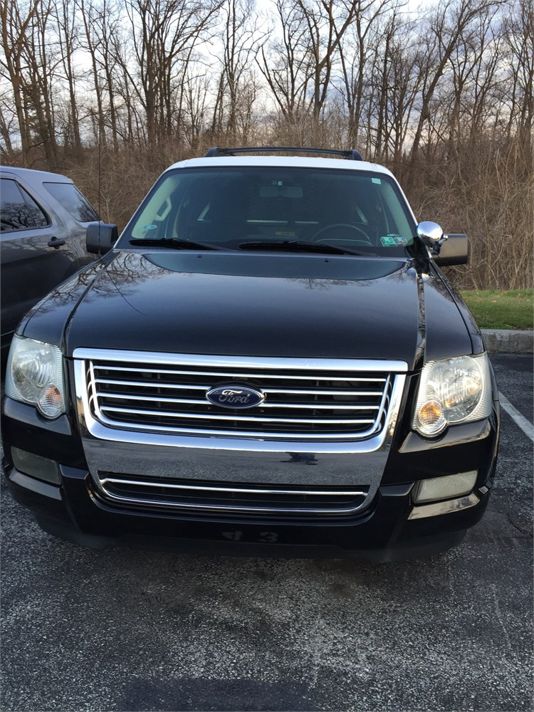 2010 ford explorer four wheel drive online government auctions of government surplus municibid. Black Bedroom Furniture Sets. Home Design Ideas