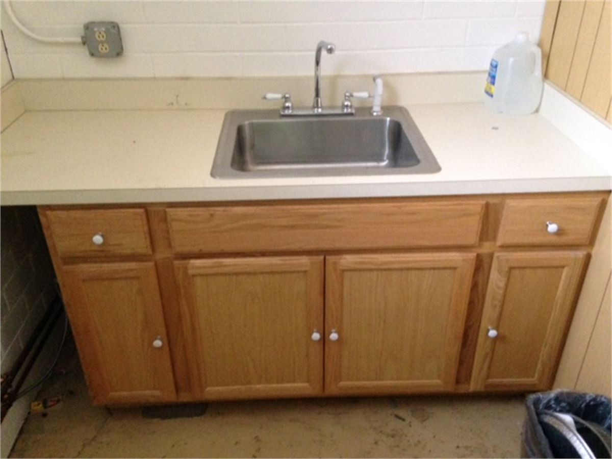 Kitchen cabinet with sink and countertop sold together for Auctions kitchen cabinets