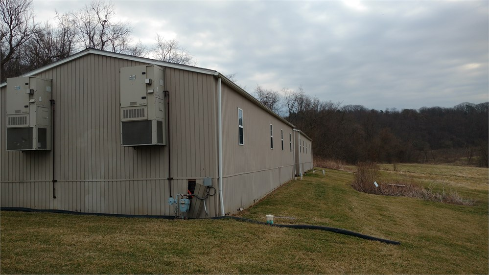 Modular Classroom Auction ~ Two portable classroom trailers for auction municibid