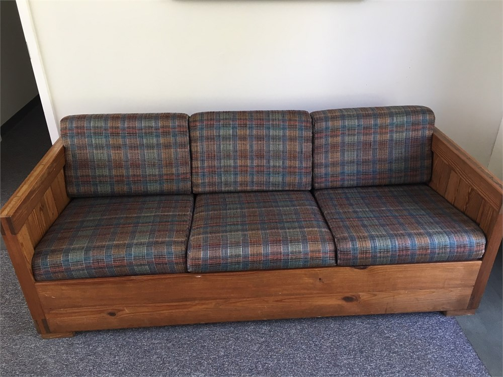 This End Up Furniture Arm Chair Side Table And Couch For Auction Municibid