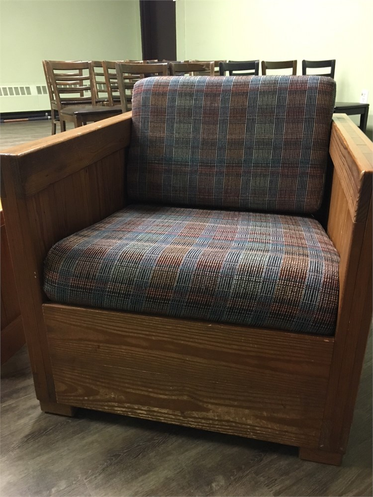 This end up furniture (Arm chair, side table and couch ...