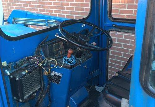 1973 Ford 1620 Tractor With Loader And Cab Online
