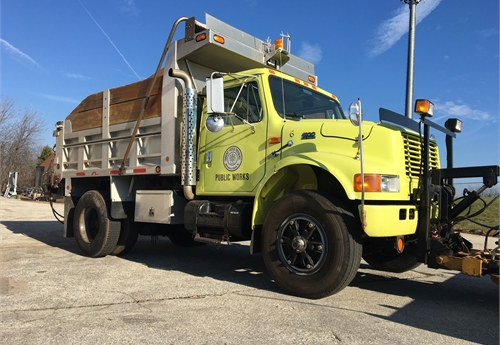 1998 International 4900 DT466E Dump Truck Flink 10' Plow