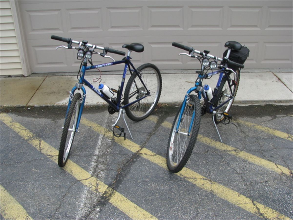 bcdc18572ed Two Trek 820 Police Bike Patrol Bikes Online Government Auctions of ...