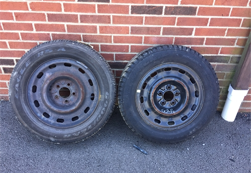 2 P225/60R16 Tires and Rims