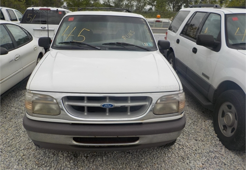 1997 FORD EXPLORER XLT CONTROL TRAC 4X4 SUV / LOT45-970176