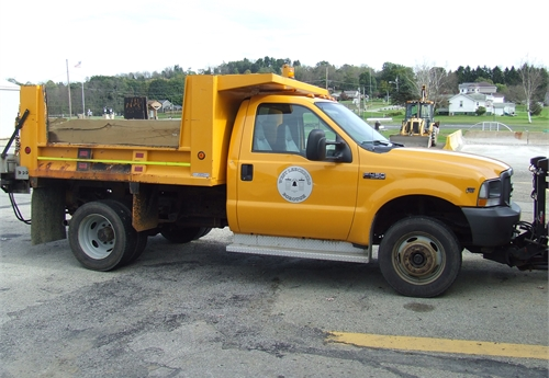 Ford F450 Truck, Snow Plow and Flink Spreader only 38770 Miles