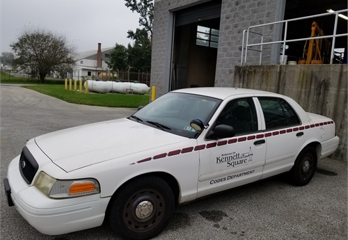 2004 Ford Crown Victoria ex-Police car