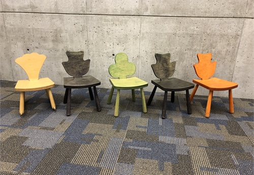 Lot of 5 Children's chairs, various colors