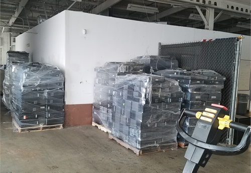 "8 Pallets of Used Computers and laptops (600)- DSS2131 ""F"""