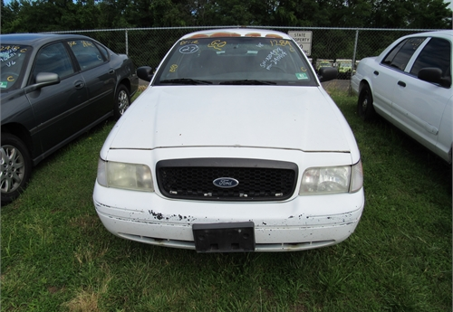 2007 Ford Crown Victoria- DSS2157