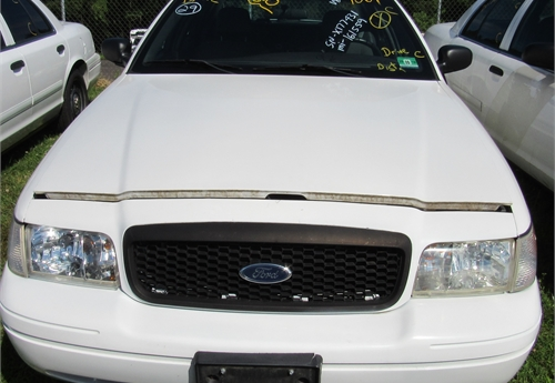 2005 Ford Crown Victoria- DSS2159