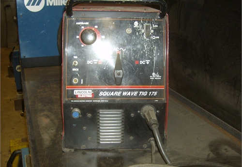 Lincoln Square wave tig Welder
