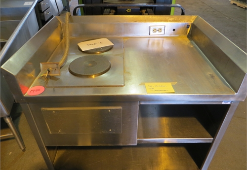 #1930 Stainless Steel 2 Burner Stove, 1 1/2 Shelves