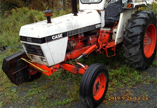 Case 1290 Tractor