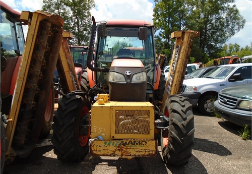 2011 Kubota M108S, Doesn't run, NO KEY
