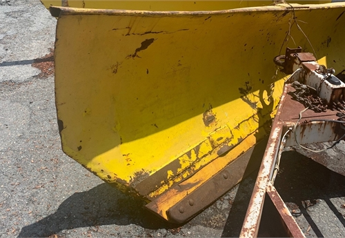 Baker/Flink 10ft Stationary Angle Plow.
